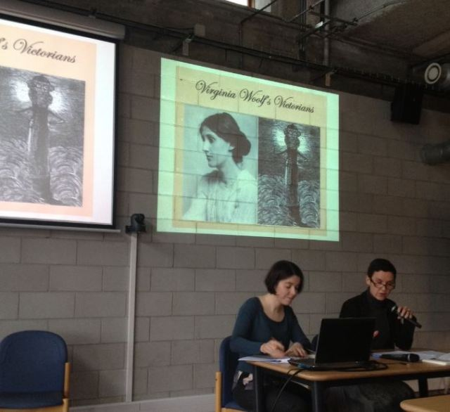 Marie Laniel et Professor Catherine Bernard talking about Virginia Woolf's Victorians